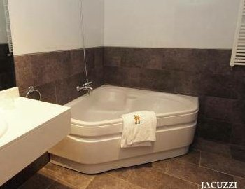 Hoteles con jacuzzi en la habitacion la rioja for Hoteles de diseno en la rioja
