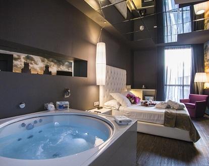 hoteles romnticos con jacuzzi privado On hoteles romanticos en madrid con piscina o jacuzzi privado